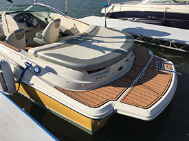 SeaRay 195 Sport swim with AquaTraction brown on black